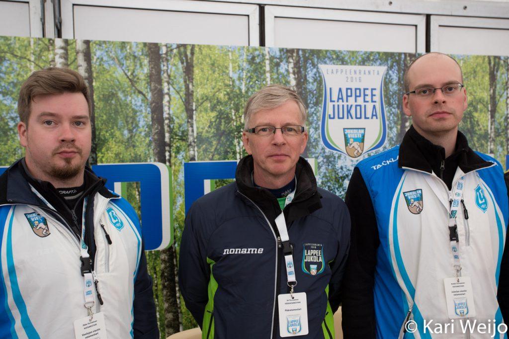 Koko ratamestarikolmikko Heikki, Ari ja Ilkka Torniainen.